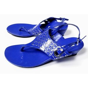 Dana Buchman Ladies Blue Studded Thong Sandals